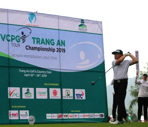 Vòng 1 VCPG Tràng An: Park Sang Ho dẫn đầu, Lê Hữu Giang và Nguyễn Đình Châu bám đuổi phía sau