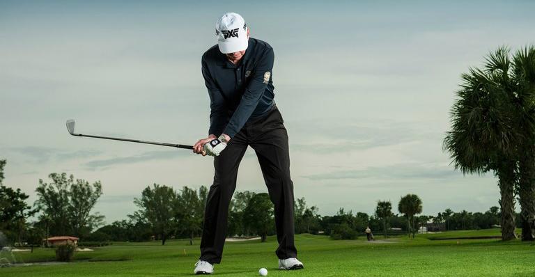 Dynamic balance trong golf là gì?
