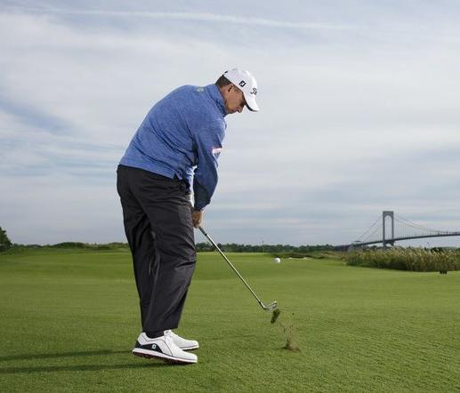 Đưa bóng lên fairway đẹp lung linh, nhưng tiếp cờ thì linh tinh. 5 chú ý sau golfer cần học thuộc lòng