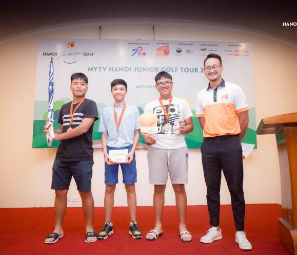 Vòng 3 MyTV Hanoi JGT: Đông đảo golfer Hàn tham dự, Nguyễn Quang Trí xuất sắc giành Best Gross